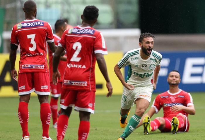 Allione, que também fez gol na quinta-feira (03), contra o Rosario, marcou o primeiro do Verdão na vitória sobre o Capivariano. (Cesar Greco/Ag. Palmeiras/Divulgação)
