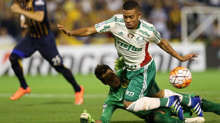 Gabriel Jesus anotou dois gols em Rosario na noite desta quarta-feira (06). (Cesar Greco/Ag.Palmeiras/Divulgação)