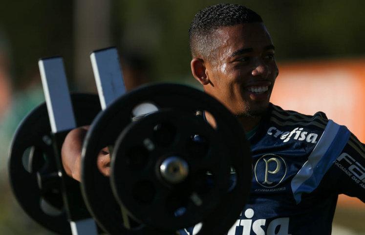 Atletas do Verdão fizeram trabalhos no campo e na sala de musculação. (Fabio Menotti/Ag Palmeiras/Divulgação)
