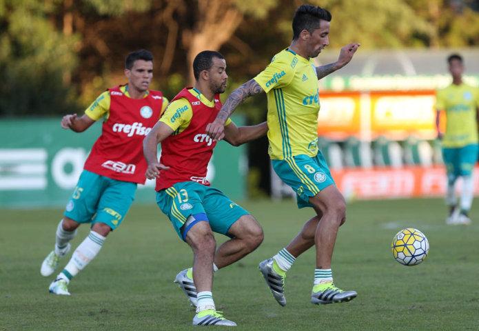 Os reservas foram a campo na tarde desta quarta-feira (22), na Academia de Futebol. (Cesar Greco/Ag Palmeiras/Divulgação)