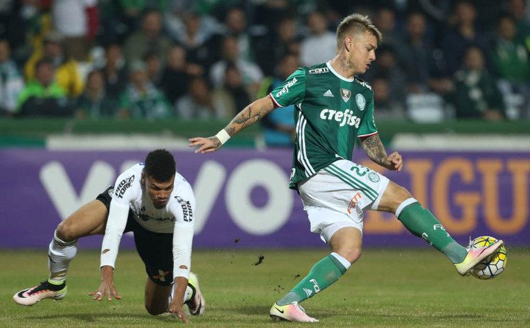 Róger Guedes marcou o primeiro gol da partida logo aos seis minutos do primeiro tempo. (Cesar Greco/Ag Palmeiras/Divulgação)