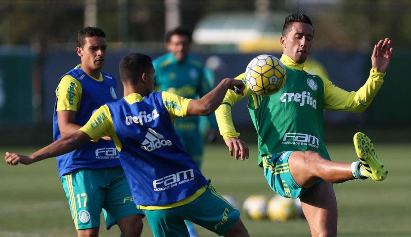 O elenco do Verdão fez treino técnico fechado para a imprensa nesta sexta-feira (29). (Cesar Greco/Ag.Palmeiras/Divulgação)