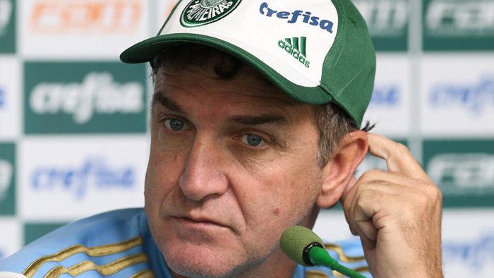 'A gente tem trabalhado bem o grupo todo para, quando chegar situações iguais a esta, não tenhamos prejuízo', disse Cuca. (Cesar Greco/Ag Palmeiras/ Divulgação)
