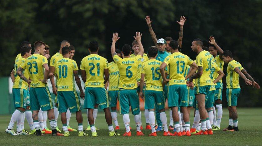 Elenco palmeirense segue preparação visando clássico com São Paulo. (Cesar Greco/Ag.Palmeiras/Divulgação)