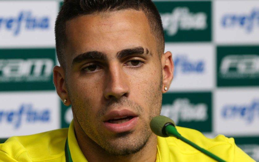 Gabriel concedeu entrevista coletiva nesta terça (13) na Academia de Futebol. (Cesar Greco/Ag.Palmeiras/Divulgação)
