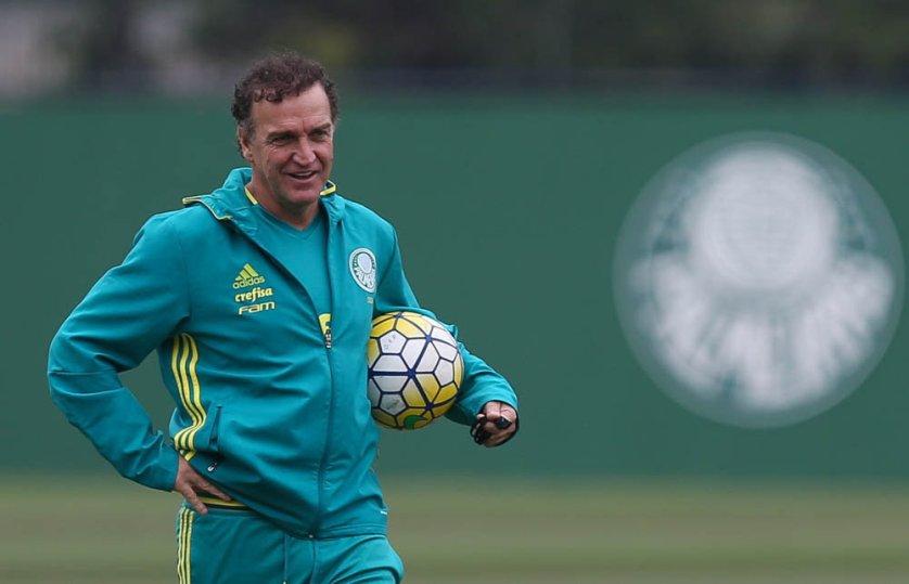 O técnico Cuca relacionou 25 jogadores para enfrentar o Cruzeiro, em Araraquara. (Cesar Greco/Ag.Palmeiras/Divulgação)