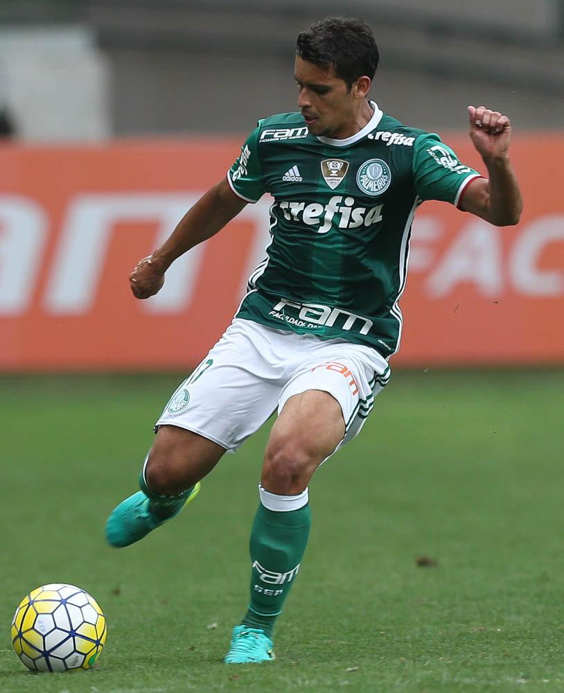 Destaque do jogo, Jean marcou os dois gols do Palmeiras na vitória sobre o Figueirense. (Cesar Greco/Ag Palmeiras/Divulgação)