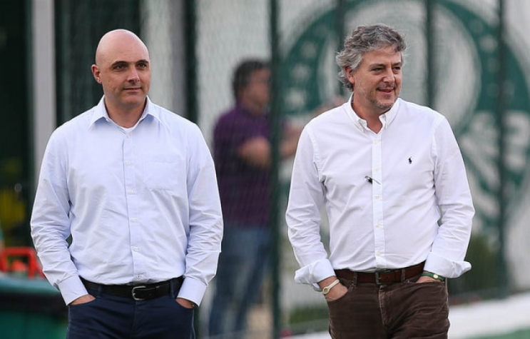 Maurício Galiotte, candidato, e Nobre durante treino do Palmeiras na Academia. (Cesar Greco/Ag Palmeiras/Divulgação)