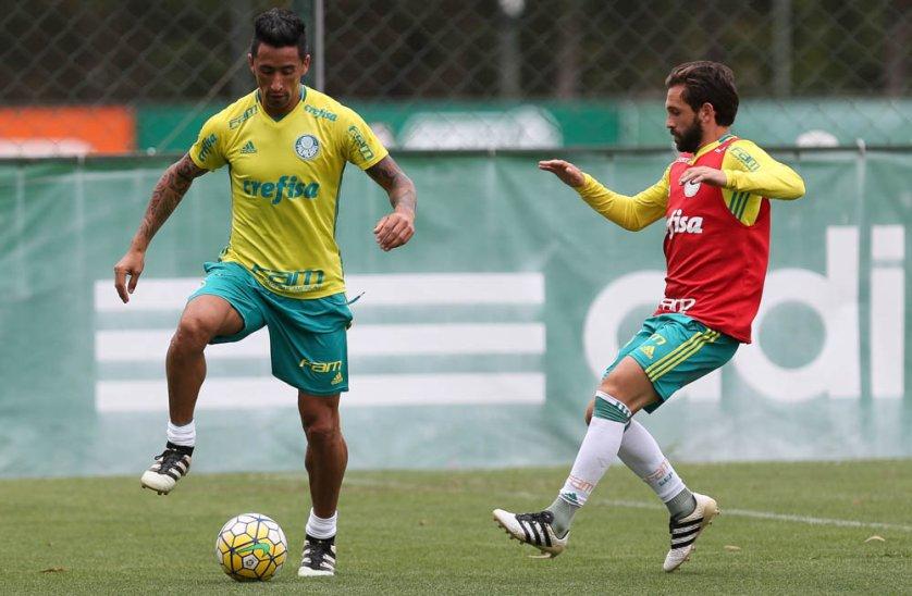 Barrios treinou com o grupo nesta quarta (09). (Cesar Greco/Ag.Palmeiras/Divulgação)