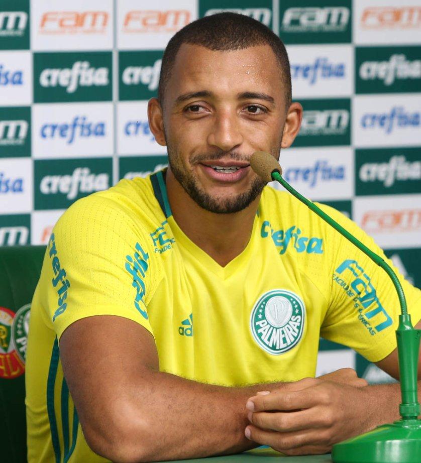 Vitor Hugo foi um dos destaques do Brasileirão e ajudou o Verdão a ter a melhor defesa do torneio. (Cesar Greco/Ag.Palmeiras/Divulgação)
