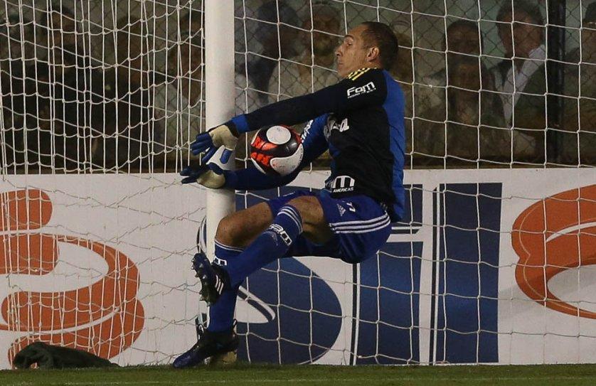 Experiente, Fernando Prass reconheceu boa atuação, mas manteve os pés no chão. (Cesar Greco/Ag. Palmeiras/Divulgação)