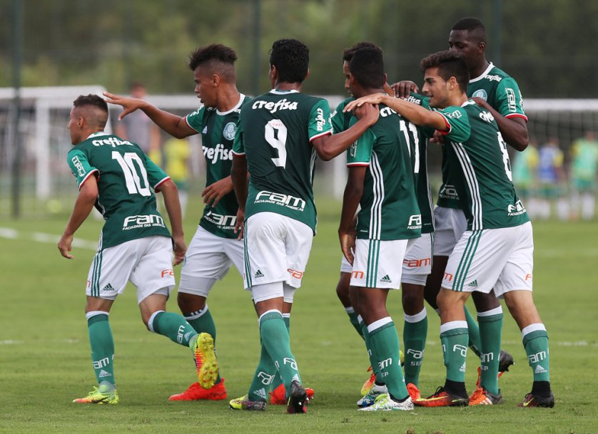 Na temporada passada, ainda jogando pelo Sub-15, Luan e Bruno foram alguns dos destaques do Verdão no Paulista. (Fabio Menotti/Ag Palmeiras/Divulgação)