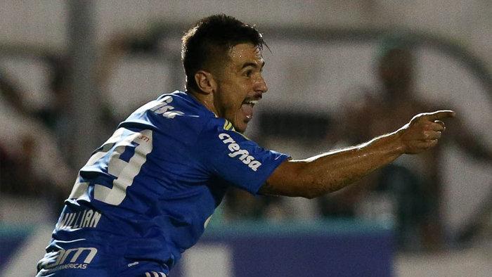 Willian abriu o placar para a vitória do Verdão no Moisés Lucarelli. (Cesar Greco/Ag.Palmeiras/Divulgação)