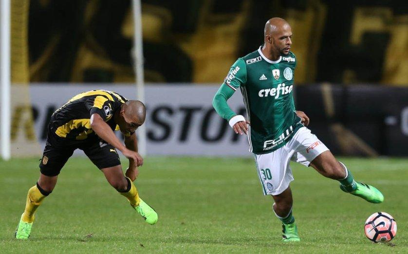 O Palmeiras venceu o Peñarol de virada na última quarta-feira (26), em Montevidéu, no Uruguai. (Cesar Greco/Ag Palmeiras/Divulgação)