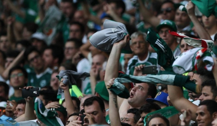 Empurrado pela torcida, Verdão buscou o empate no Allianz Parque. (Cesar Greco/Ag Palmeiras/Divulgação)