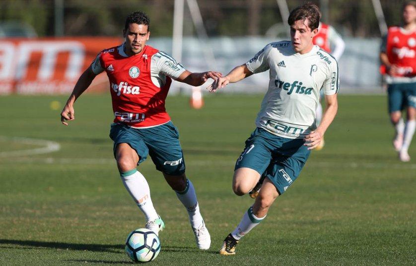 Jean trabalhou normalmente e pode reforçar o Palmeiras contra o Flamengo. (Cesar Greco/Ag. Palmeiras/Divulgação)