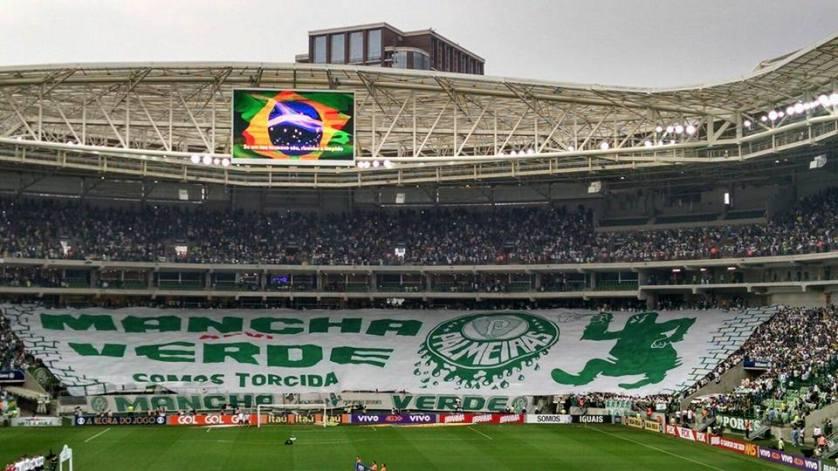 Após 1 ano e meio, organizadas voltarão a poder fazer festa nos estádios. (Reprodução/Facebook)