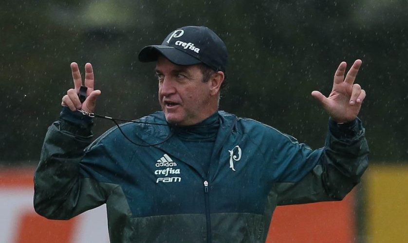 Na manhã desta quinta, Cuca comandou atividade em preparação ao confronto com a Chapecoense. (Cesar Greco/Ag. Palmeiras/Divulgação)