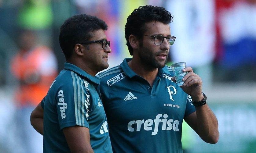 O técnico Alberto Valentim elogiou atuação do Palmeiras contra o Flamengo. (Cesar Greco/Ag Palmeiras/Divulgação)