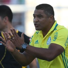 Roger elogia partida do Palmeiras e exalta melhor campanha do Paulistão