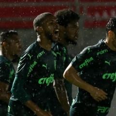 Palmeiras vence o Bragantino e sai na frente nas oitavas da Copa do Brasil