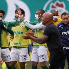 Sob olhares de Abel Ferreira, Palmeiras vence o Atlético-MG e chega à 4ª vitória consecutiva