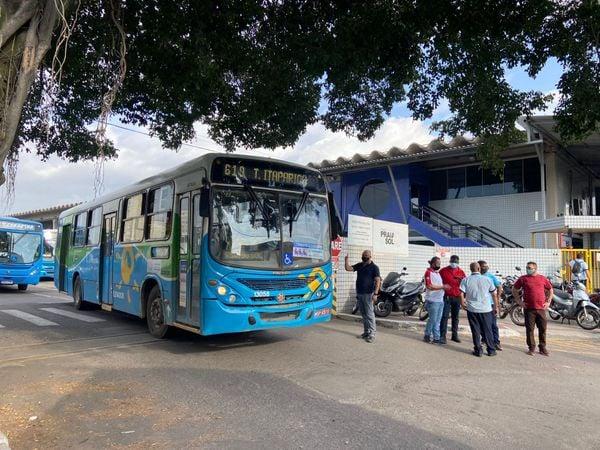 Rodoviários fazem paralisação e parte dos ônibus não roda na Grande Vitória  | A Gazeta