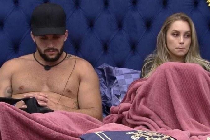 BBB21: Arthur leva mais um fora de Carla e diz não entender mais nada