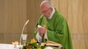 El Papa invita a rezar el Padre Nuestro y perdonar de corazón a los que hacen daño