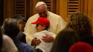 El Papa pide que educación católica sea una propuesta de esperanza para el mundo