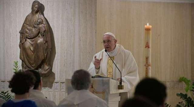 El Papa exhorta a diferenciar entre el Espíritu Santo y el espíritu del mundo.