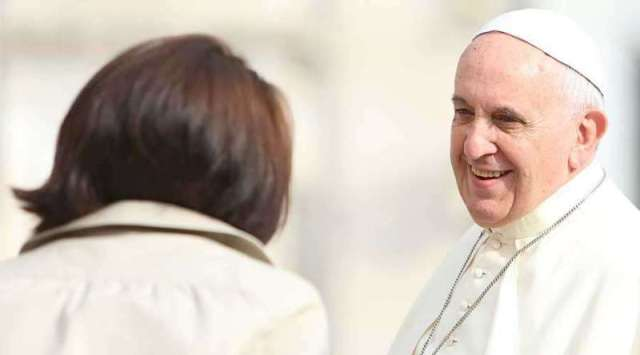 """Querida Amazonia: Sin las mujeres la Iglesia """"se derrumba"""", dice el Papa Francisco"""