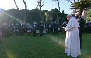 Papa Francisco clausura la maratón del Rosario por el fin de la pandemia