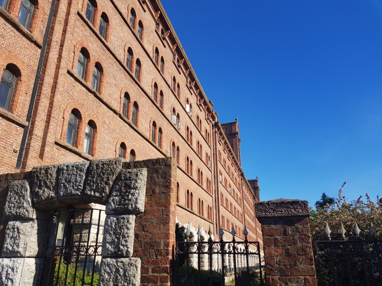 Flat at Grade II listed building by the river Mersey| Liverpool