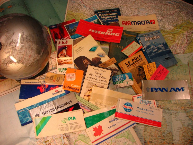 Holiday checklist | What are the essential papers to always carry with you abroad?