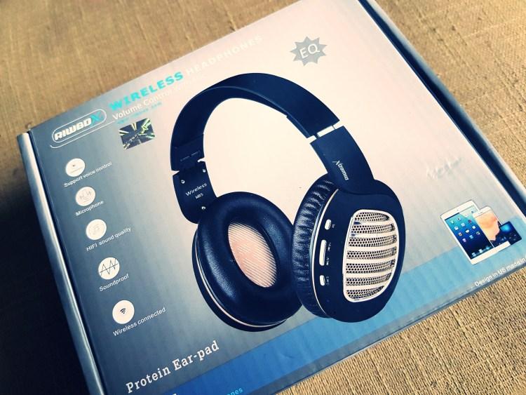 Giveaway| Riwbox Bluetooth Headphone – 3 Winners!