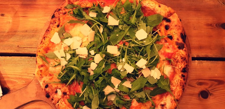 What I Ate Wednesday   Artisan pizza at Alicia's Micro Bakehouse