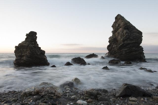 beach-black-and-white-dawn-268455
