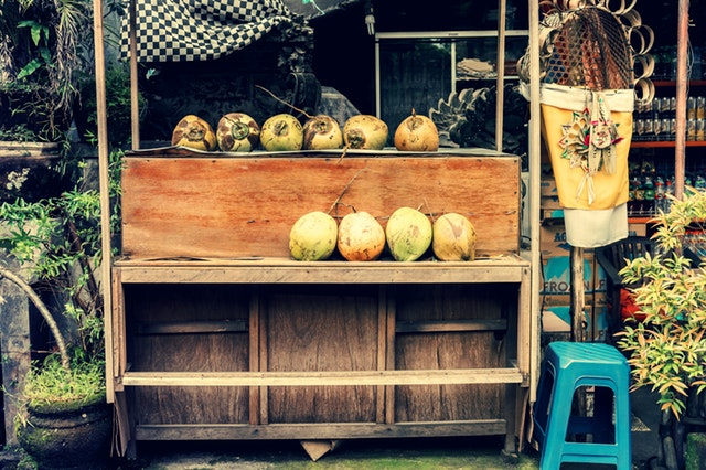 bali-business-coconuts-2447034