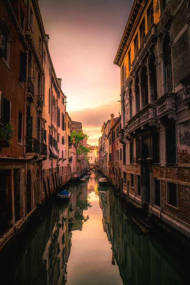 European Cities   Art & Architecture and beauty of Venice and Paris