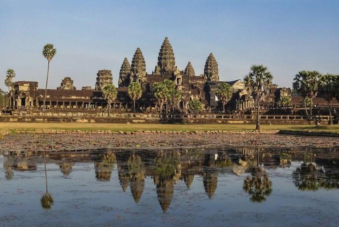 Angkor Wat 2015.jpg