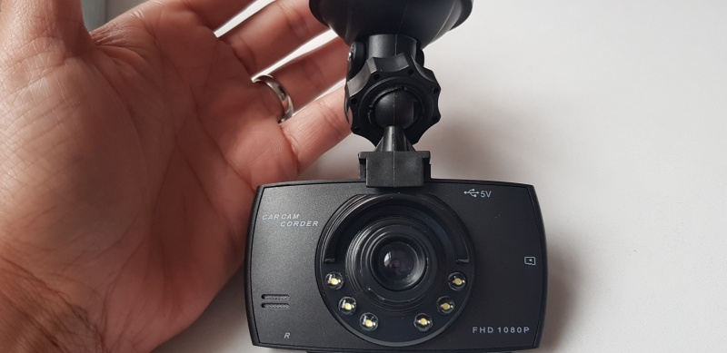 Esi Cam Dash Cam HD 1080P Night & Daytime Car Recorder | Review