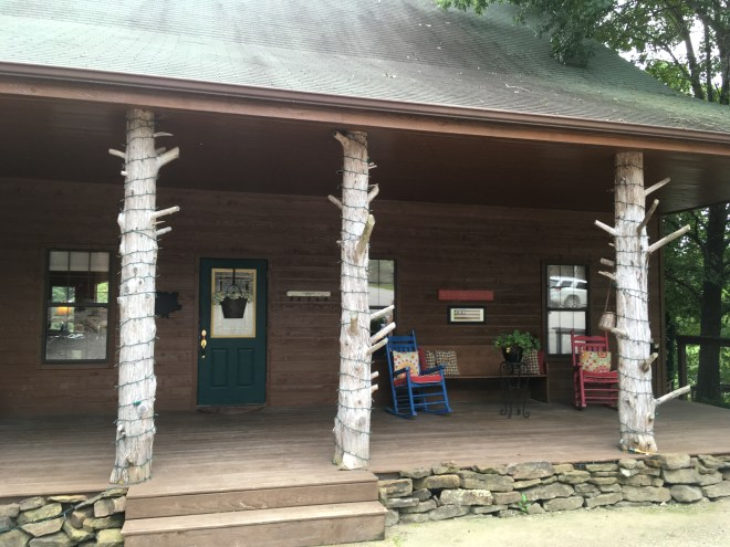 Cedarwood Lodge River Lodge