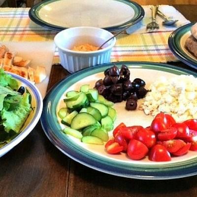Easy-To-Make Greek Chicken Pitas