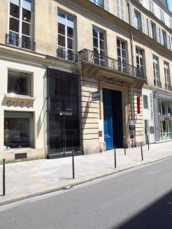 facade of school building paris
