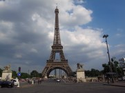 yet another pic of the eiffel tower