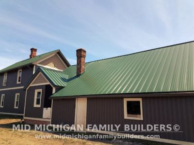 MId Michigan Family Builders Meatal Standing Seem Roof Project 06 23 2018 05