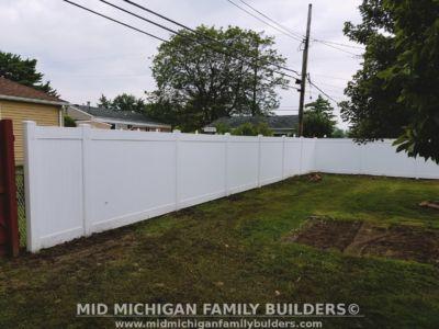 MMFB Vinyl Fencing Project 07 2017 03