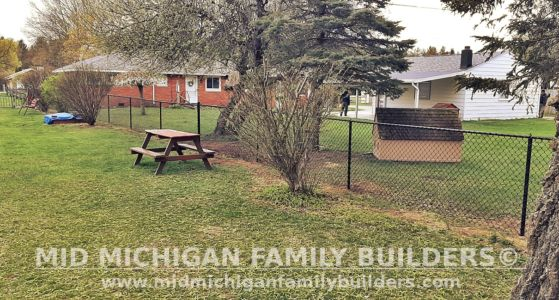 Mid Michigan Family Builders Fence Project 04 2021 06 01