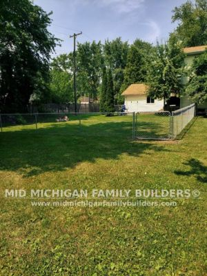 Mid Michigan Family Builders New Fence Project 08 2021 03 04